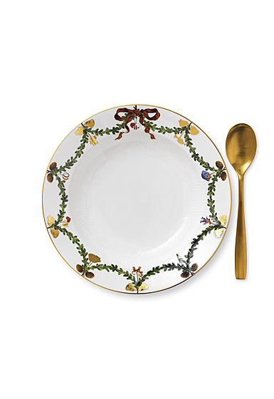 Royal Copenhagen, Star Fluted Christmas Rim Soup Bowl
