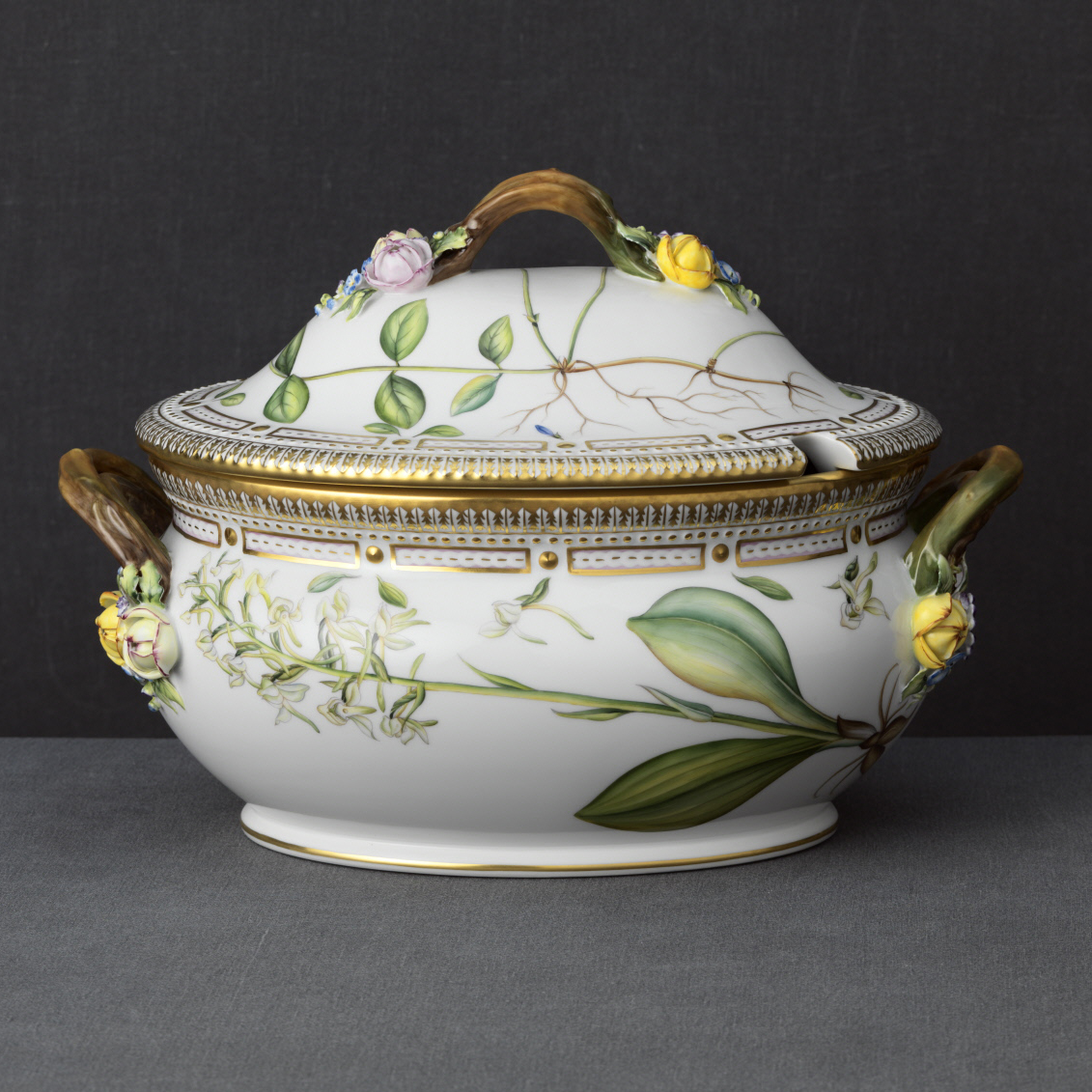 Royal Copenhagen, Flora Danica Covered Tureen 5.25Qt, Limited Edition