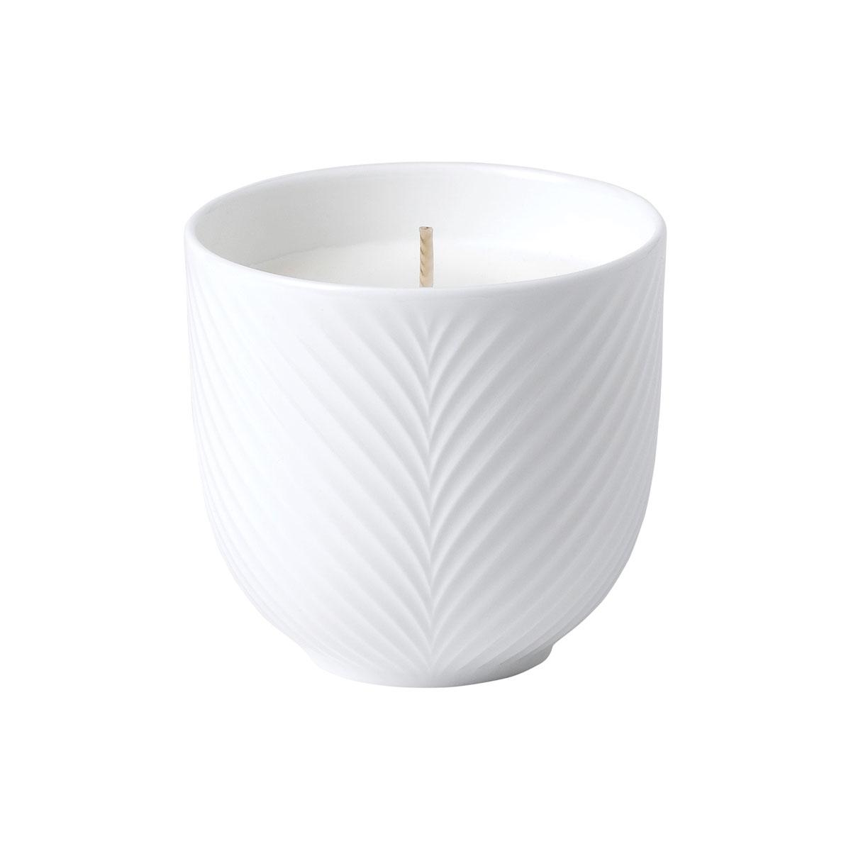 Wedgwood White Folia Candle, Bamboo and Green Tea
