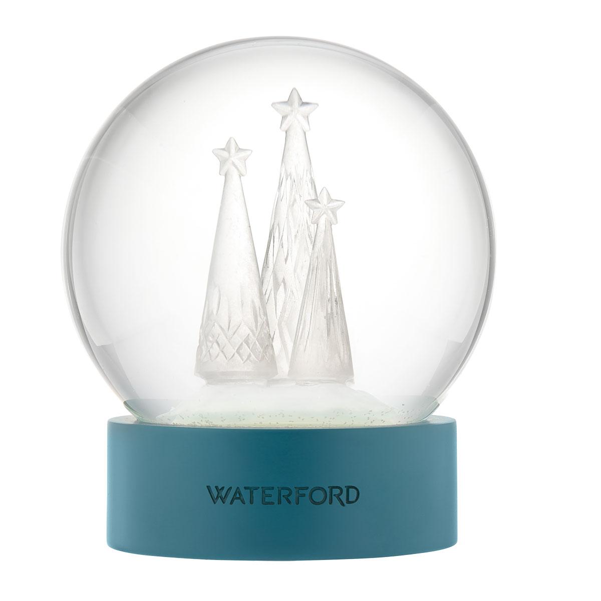 Waterford Crystal 2021 Lismore Christmas Snow Globe