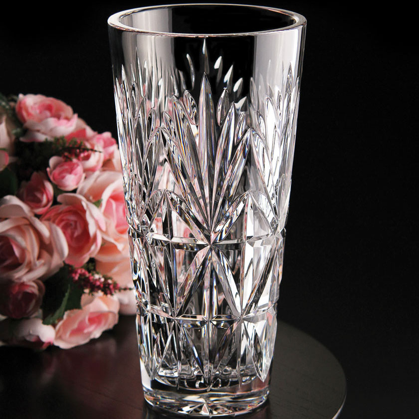 "Cashs Ireland, Annestown 10"" Straight Tall Crystal Vase"
