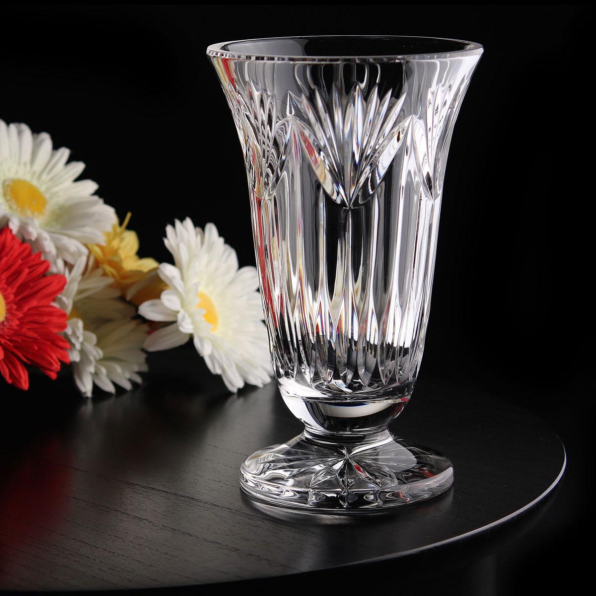 Cashs Ireland, Thistle Footed Crystal Vase