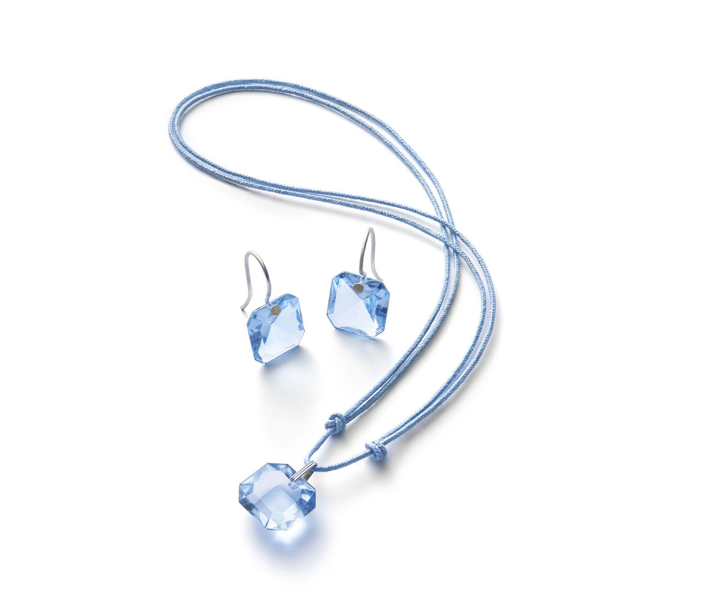 Baccarat Crystal Marie-Helene De Taillac Pendant Necklace Sterling Silver Light Blue