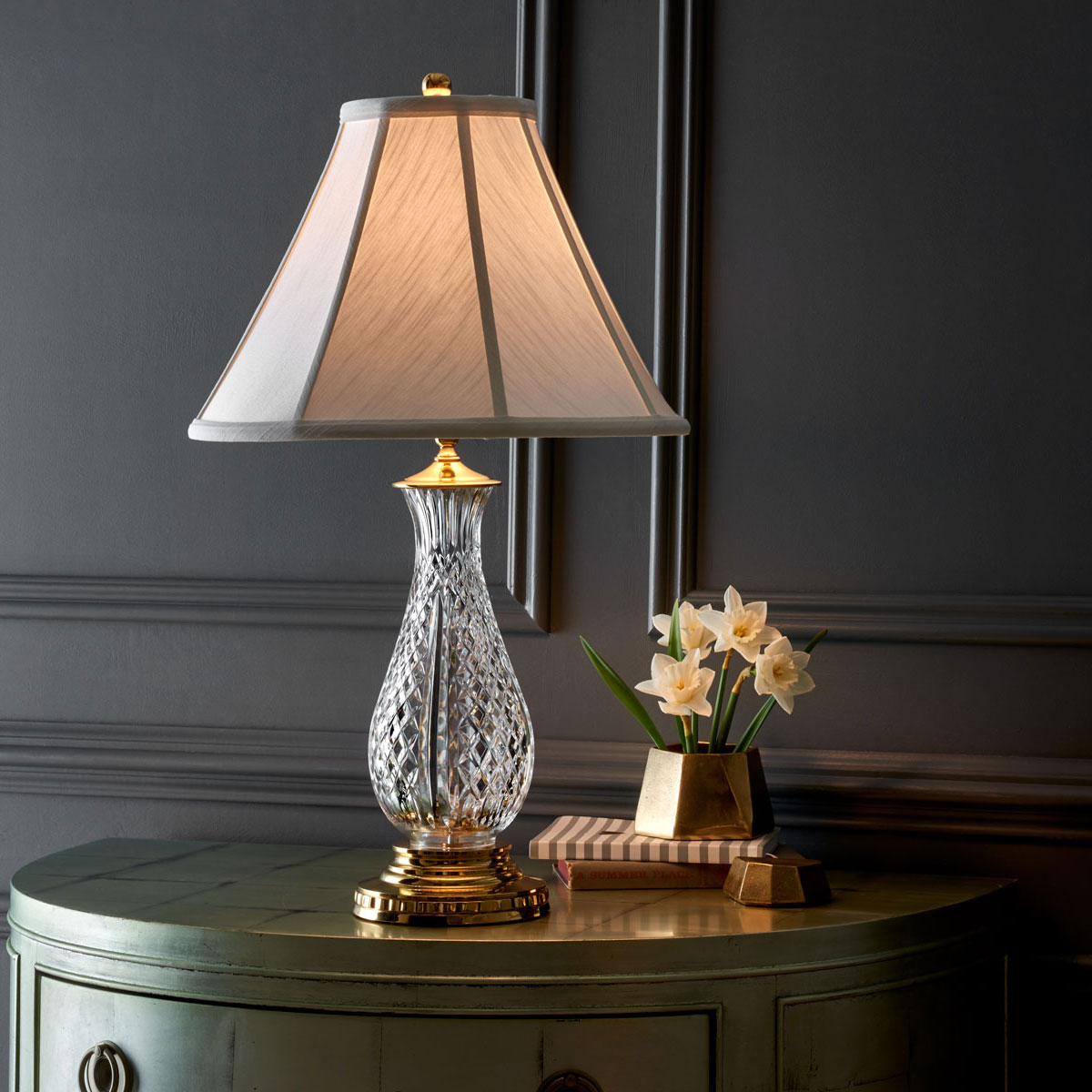 """Waterford Crystal, Ashbrooke 27 1/2"""" Table Lamp"""