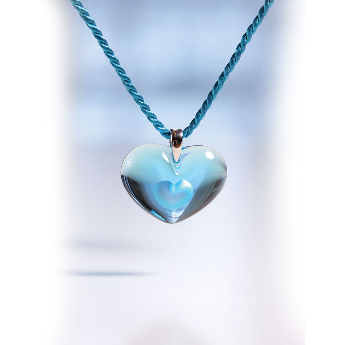 Lalique Amoureuse A La Folie Silver Light Blue Necklace Crystal Classics