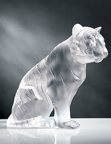 Lalique Large Sitting Tiger, Clear