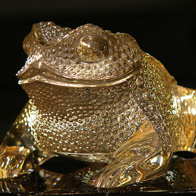 Lalique Crystal, Gregoire Frog Sculpture, Gold Lustre