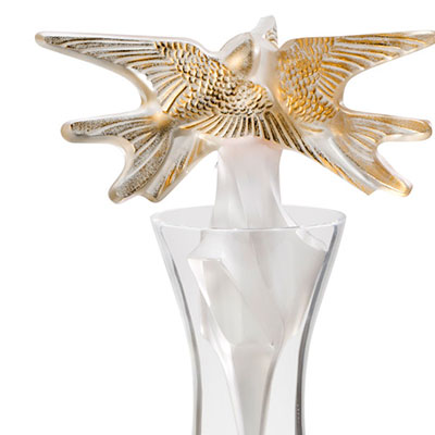 Lalique Hirondelles Gold Decanter 2018 Vintage Limited Edition