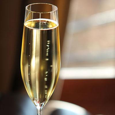 Cashs Ireland, Grand Cru Handmade, Vintage Champagne Crystal Toasting Flutes, Set of Four