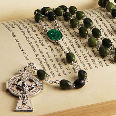 Cashs Ireland, St. Patrick Connemara Marble Round Bead Rosary