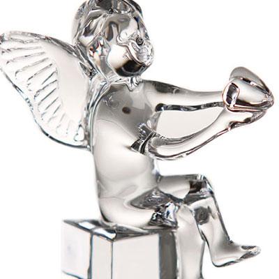 Baccarat Crystal, Cherubs Holding Heart