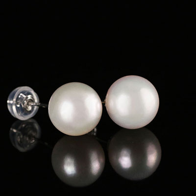 Cashs Akoya White Saltwater Perfect Round Pearl Stud Earrings, Pair