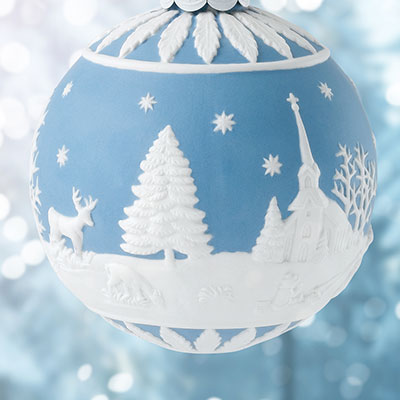Wedgwood Winter Country Scene Ornament