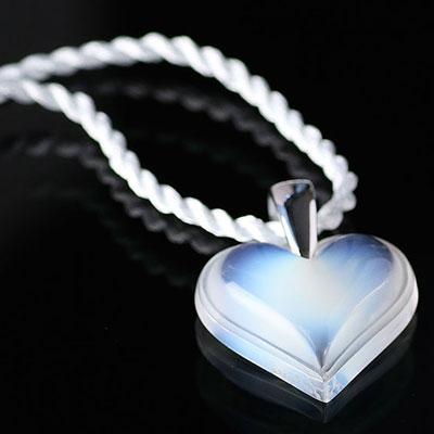 Lalique Crystal Amoureuse Beaucoup Heart Pendant, Opal