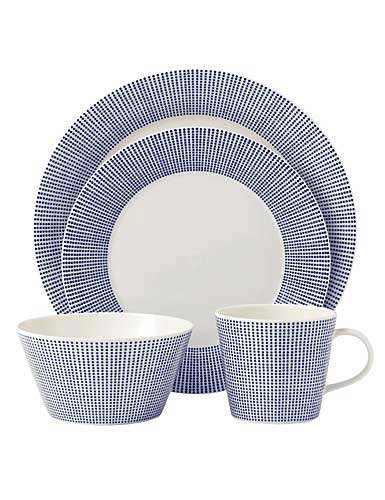 Royal Doulton Pacific, 4 Piece Place Setting Dots