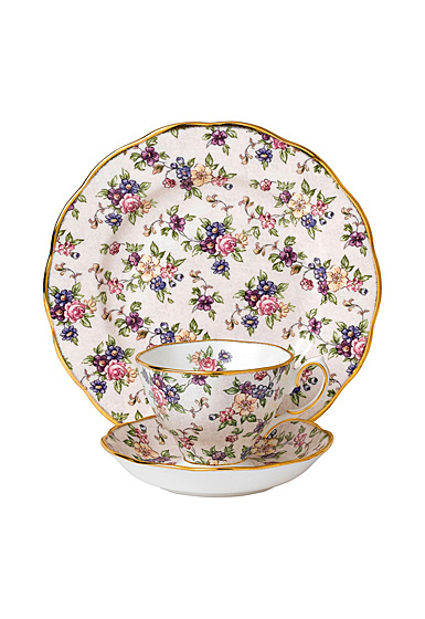 "Royal Albert 100 Years 1940 Teacup, Saucer and 8"" Plate Setenglish Chintz"