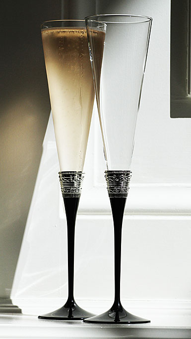 Vera Wang Wedgwood, With Love Noir Toasting Crystal Flutes, Pair