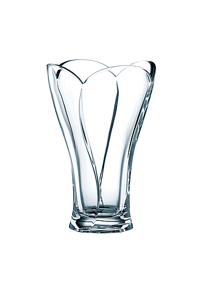 "Nachtmann Calypso 9 4/9"" Vase"