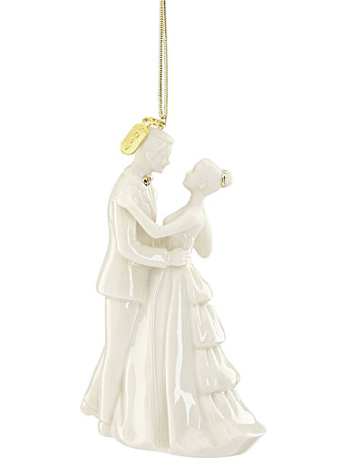Lenox Annual 2017 Bride and Groom Ornament