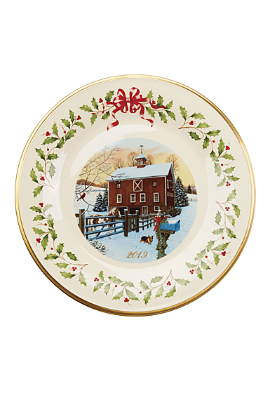 Lenox 2019 Holiday Plate, Barn Scene