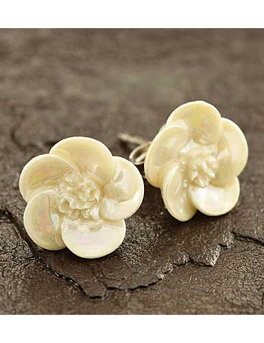 Belleek China Wild Rose Pierced Earrings