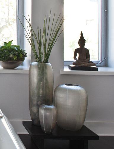 Donna Karan Lenox Artisan Glass, Glacier, Etched Vase