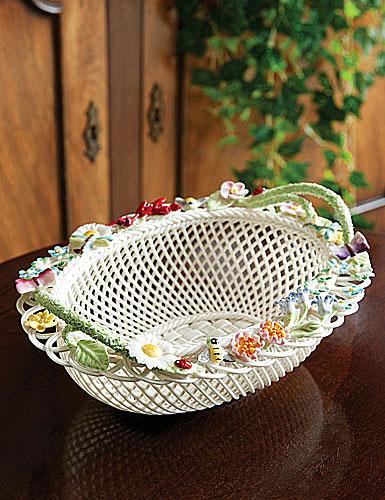Belleek Queen's Royal Gift Basket Small Replica