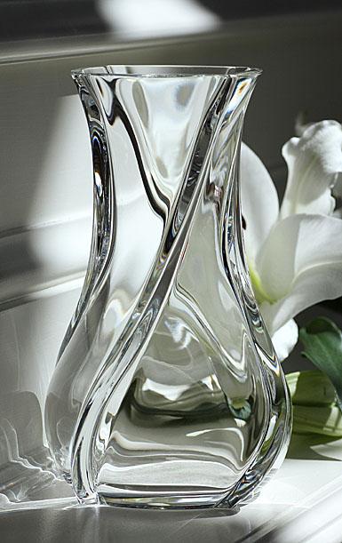 Baccarat Serpentin Vase