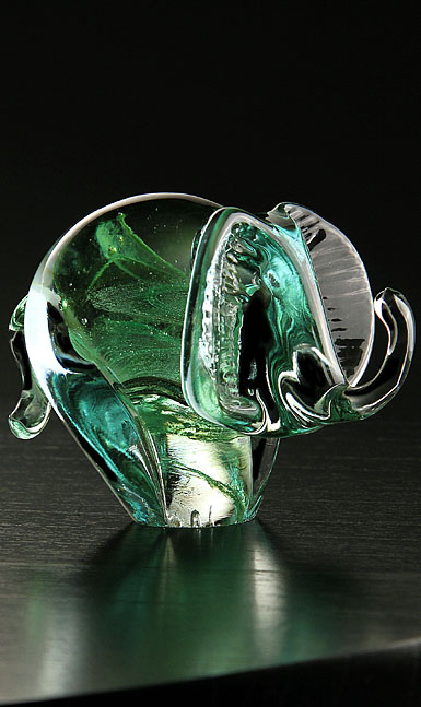Cashs Ireland, Art Glass Forty Shades of Green, Elephant Paperweight
