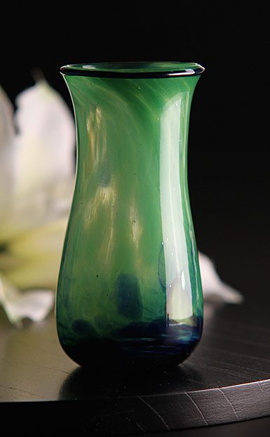 Cashs Ireland, Art Glass Forty Shades of Green, Small Vase