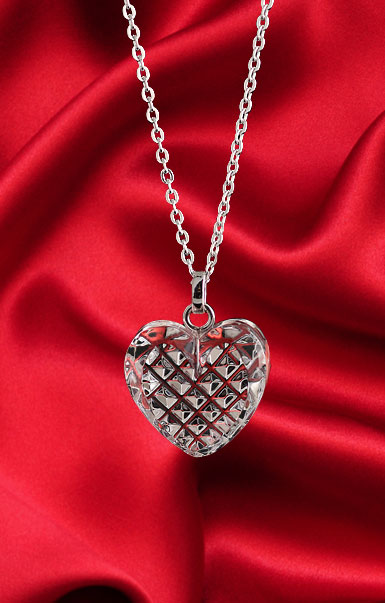 Cashs Ireland, Crystal Ireland's True Heart Pendant Necklace, Small