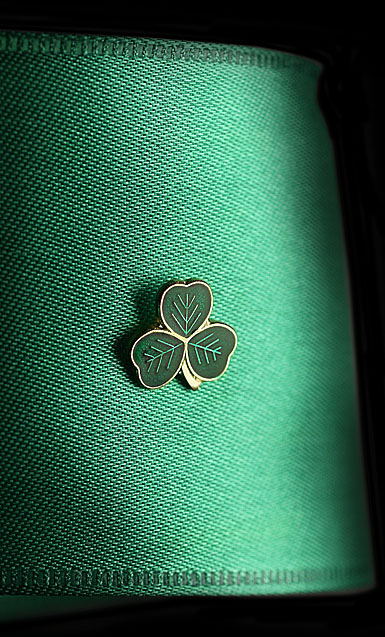 Cashs Ireland, St. Patrick's Shamrock Lapel Pin