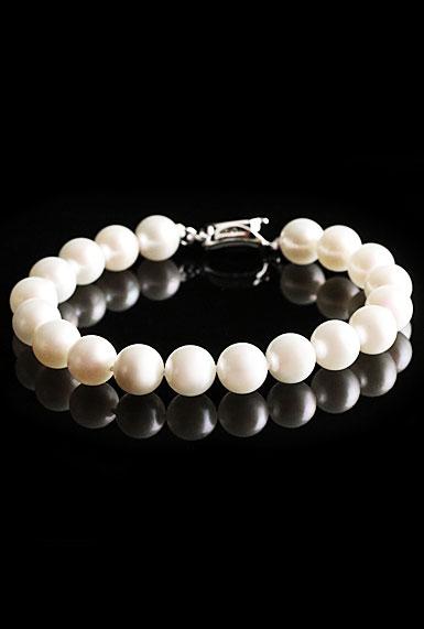 Cashs Ireland, Akoya Perfect Round White Luster Seawater Pearl Bracelet