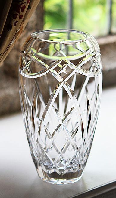 Cashs Celtic Ring 10 1/2 Tulip Vase