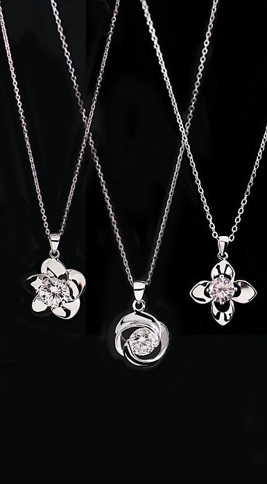 Cashs Ireland, Three Sisters Sterling Silver Irish Rose Necklace Set