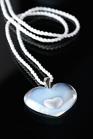 Lalique Amoureuse A La Folie Pendant Tendreheart, Opal