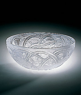Lalique Bowl Pinsons - 9 3/10 in