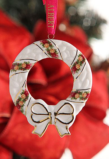 Royal Albert Old Country Roses Holiday Wreath Ornament