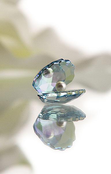 Swarovski High Brilliance Shell with Pearl, Small